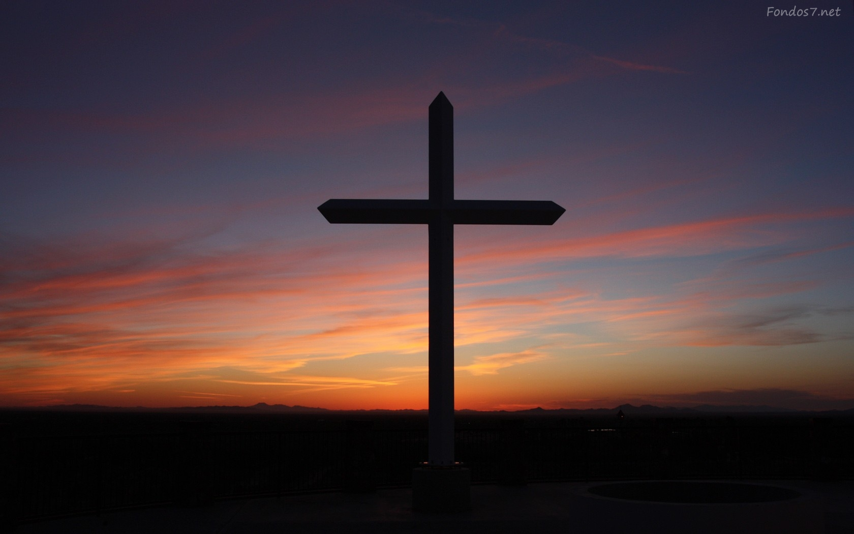 Religião Católica Permite Entender A Sociedade Em Que